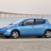 Фотография экоавто Nissan Leaf 2010 (24 кВт•ч) - фото 35
