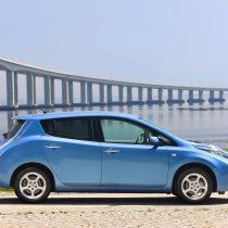 Фотография экоавто Nissan Leaf 2010 (24 кВт•ч) - фото 38