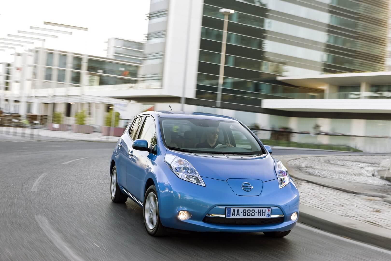 Фотография экоавто Nissan Leaf 2010 (24 кВт•ч) - фото 40