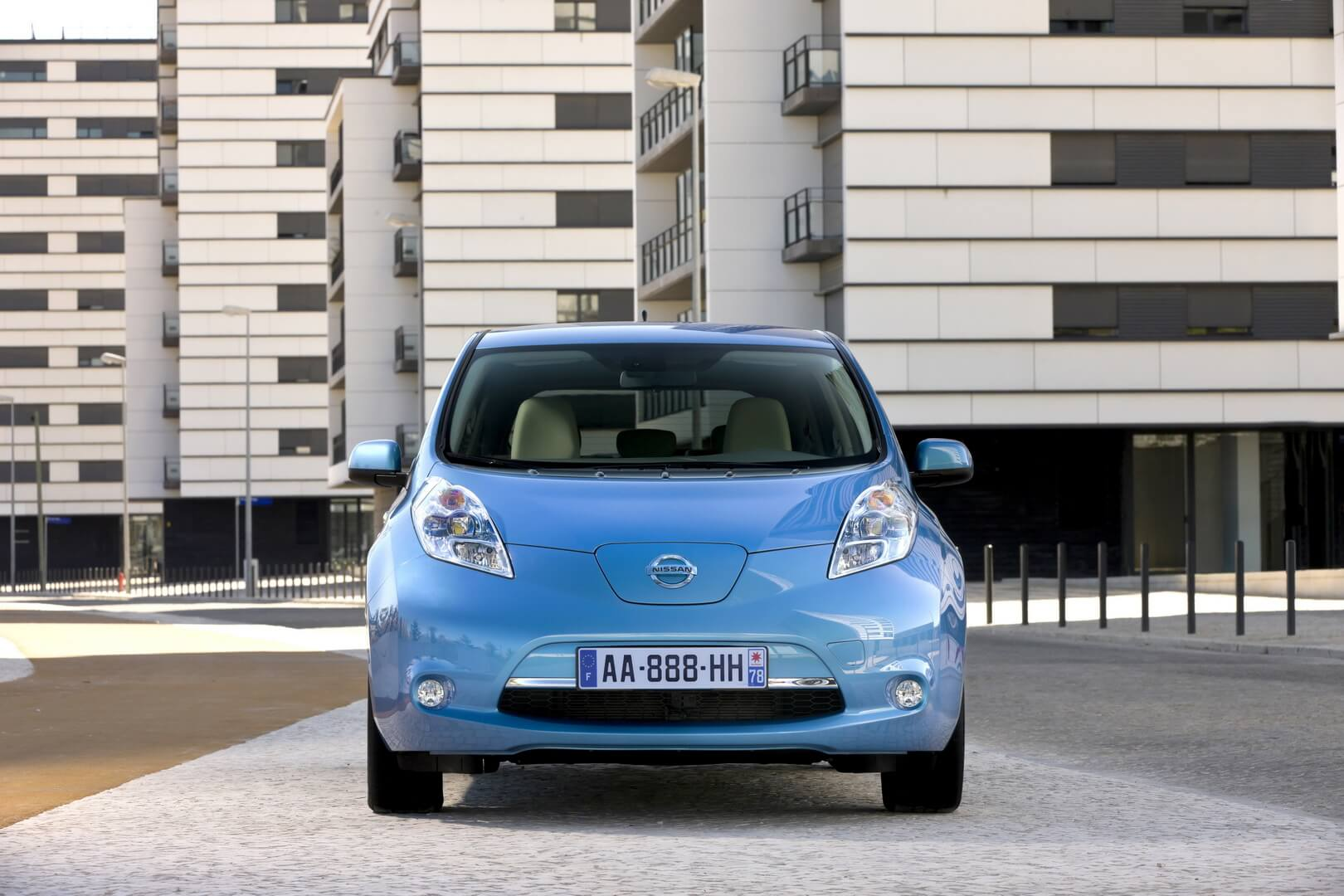 Фотография экоавто Nissan Leaf 2010 (24 кВт•ч) - фото 41