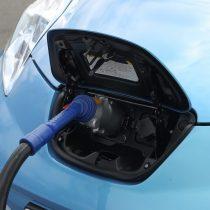 Фотография экоавто Nissan Leaf 2010 (24 кВт•ч) - фото 44