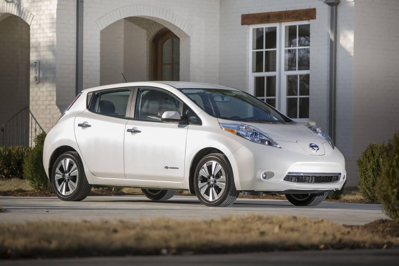 Фотография экоавто Nissan Leaf 2016 (24-30 кВт•ч) - фото 9