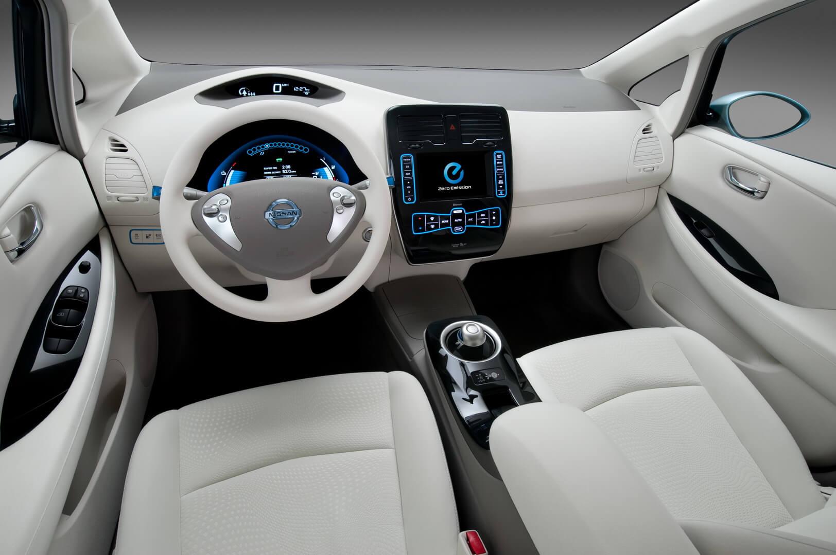Фотография экоавто Nissan Leaf 2010 (24 кВт•ч) - фото 47