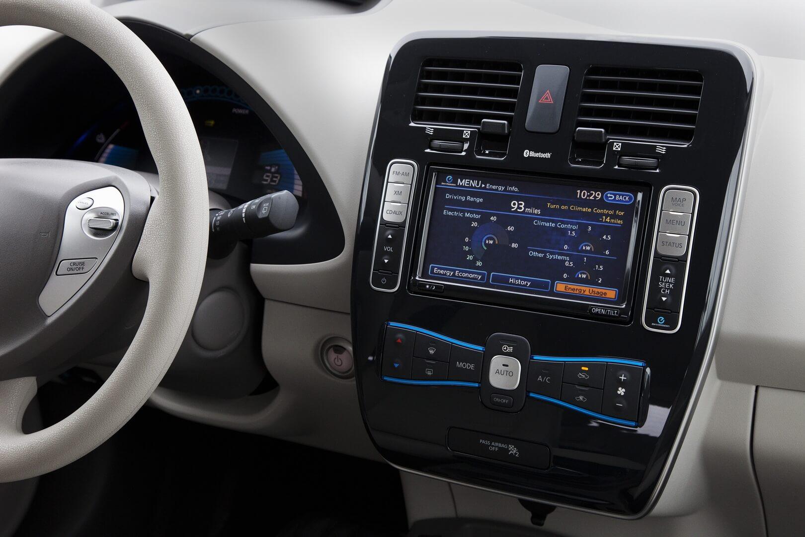 Фотография экоавто Nissan Leaf 2010 (24 кВт•ч) - фото 50