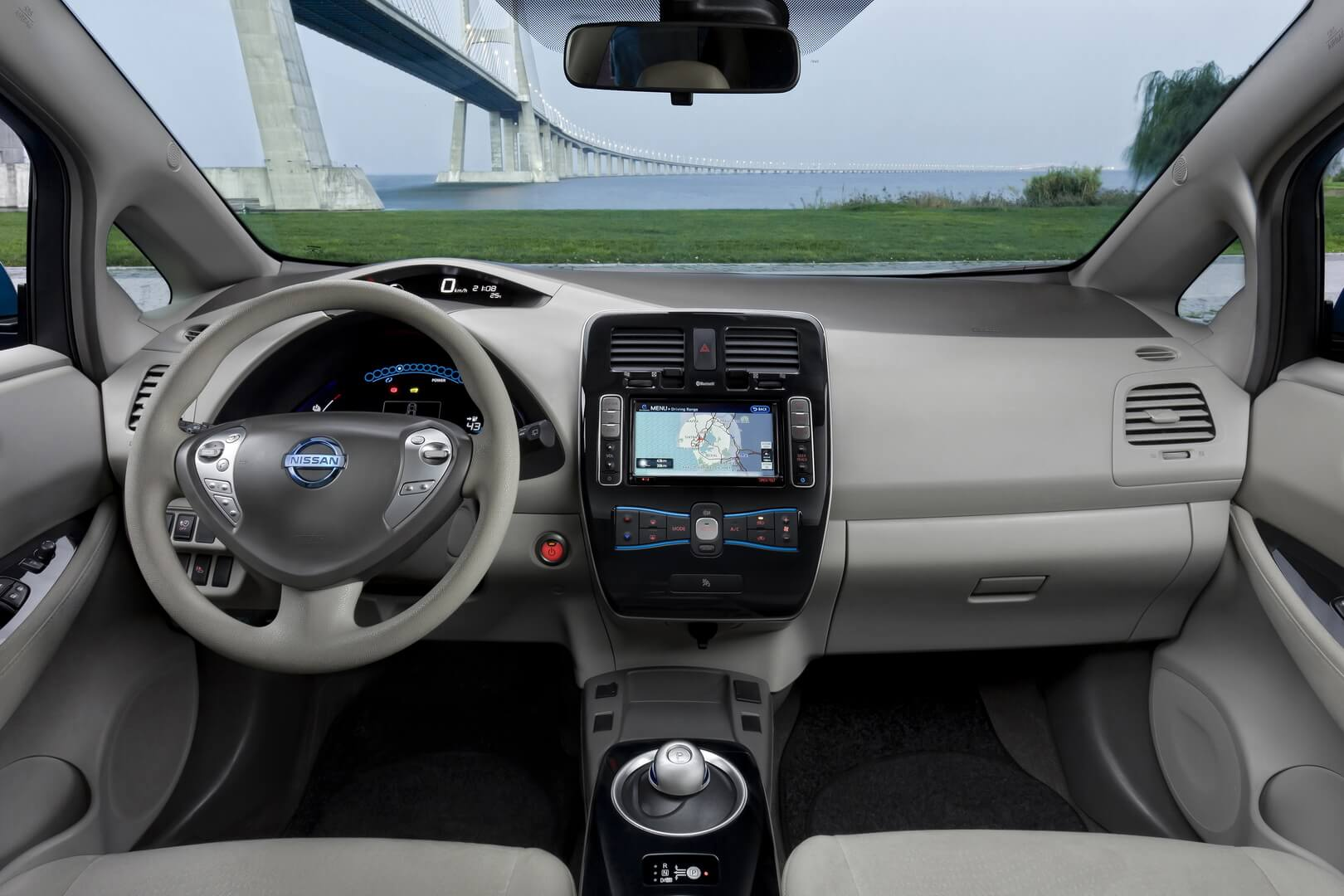 Фотография экоавто Nissan Leaf 2010 (24 кВт•ч) - фото 53