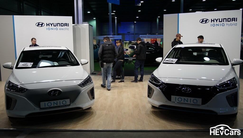 Hyundai IONIQ Electric и Hyundai IONIQ Hybrid на выставке Plug-In Ukraine 2017