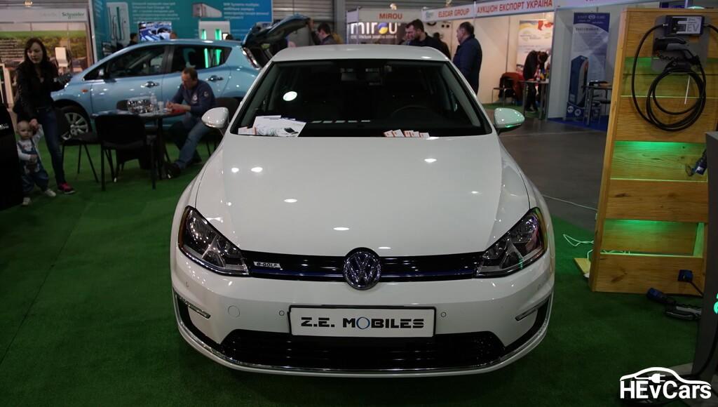 Volkswagen e-Golf на выставке Plug-In Ukraine 2017