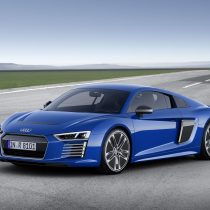 Фотография экоавто Audi R8 e-tron - фото 12