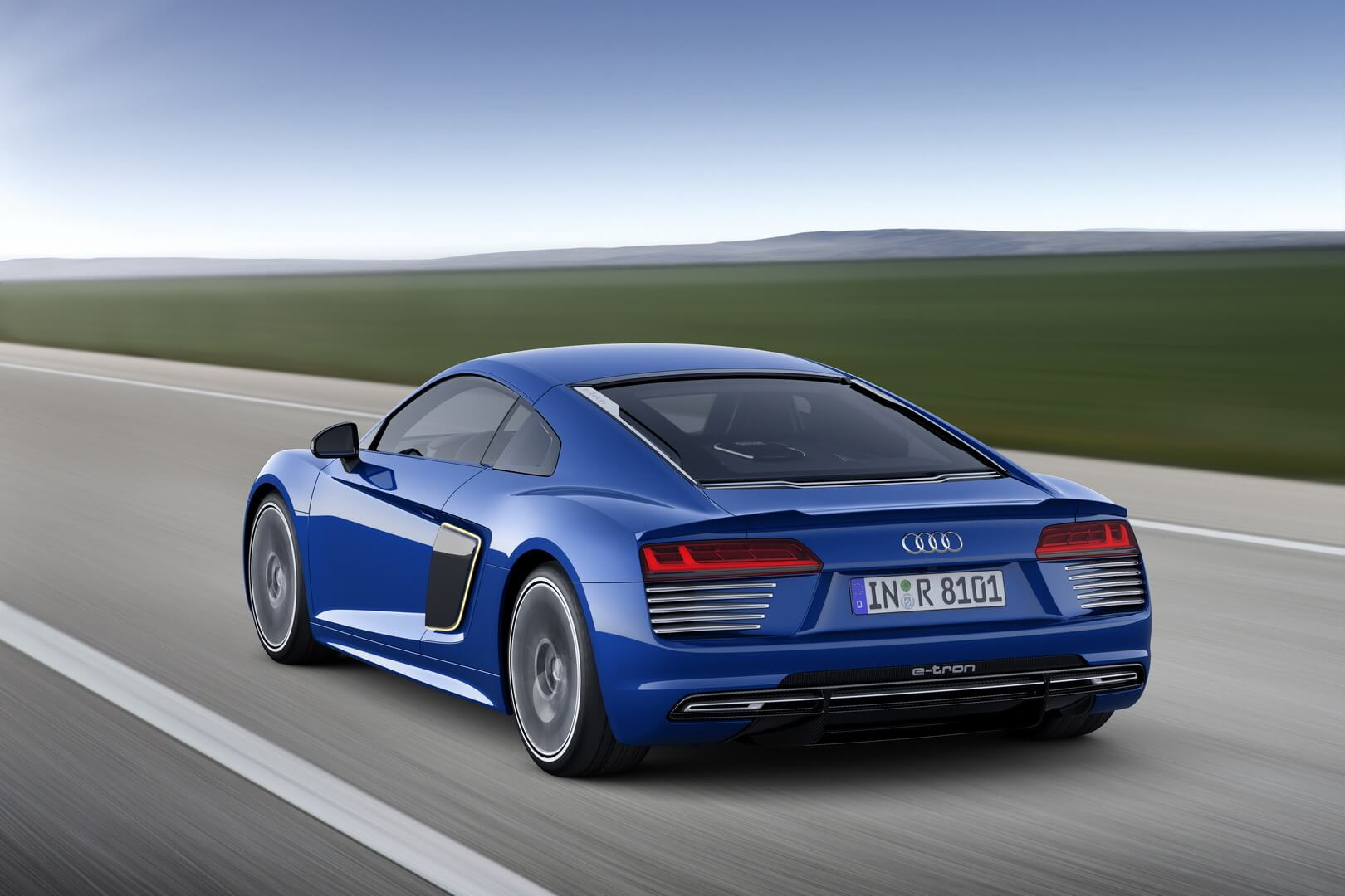 Фотография экоавто Audi R8 e-tron - фото 20