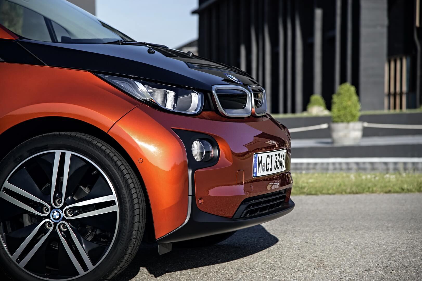 Фотография экоавто BMW i3 (22 кВт•ч) - фото 11