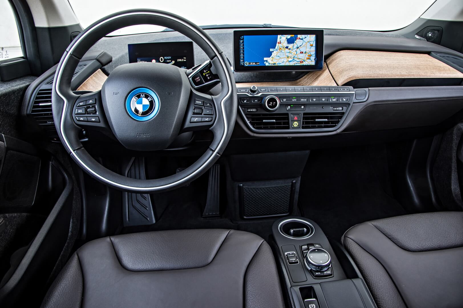Фотография экоавто BMW i3 (22 кВт•ч) - фото 52