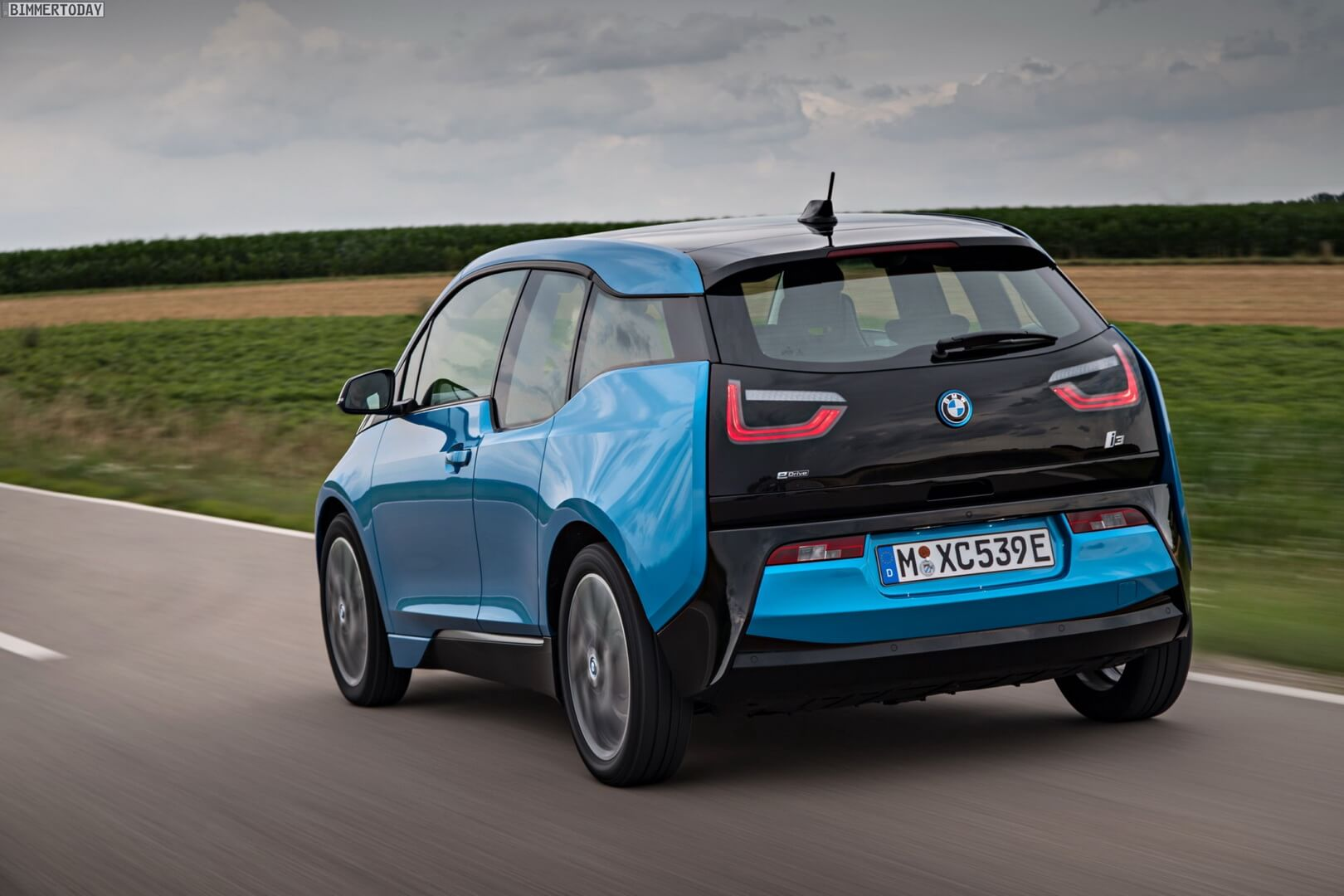 Фотография экоавто BMW i3 (33 кВт•ч) - фото 18