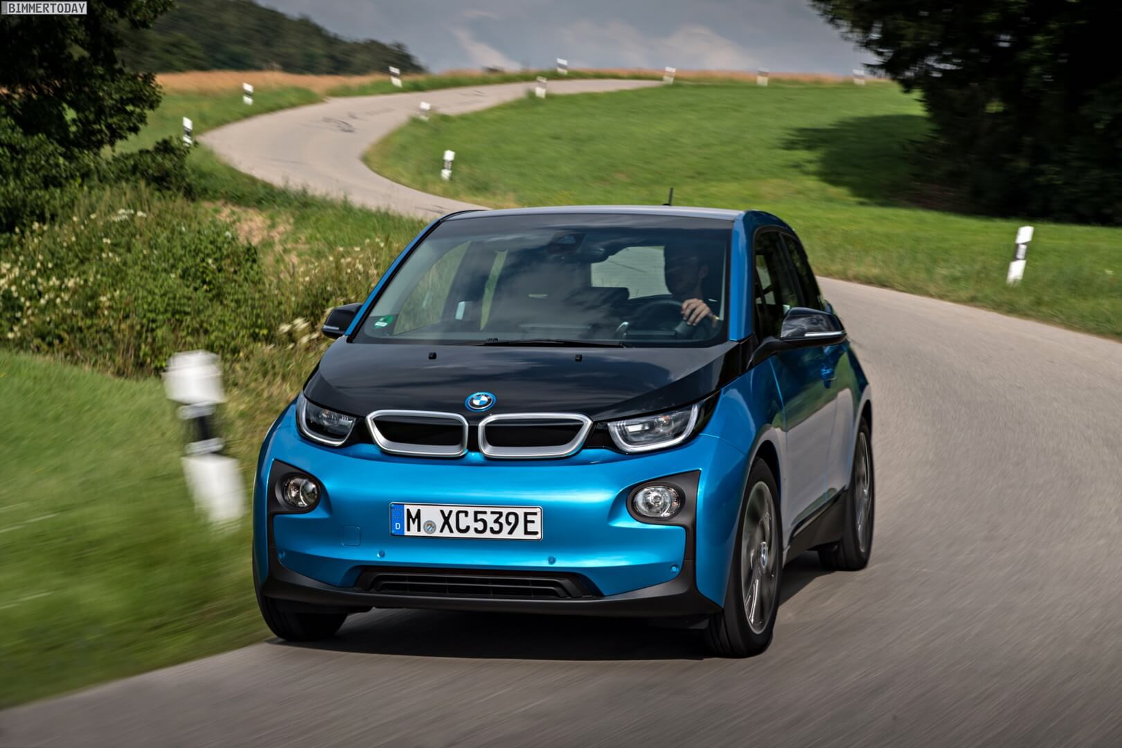 Фотография экоавто BMW i3 (33 кВт•ч) - фото 27