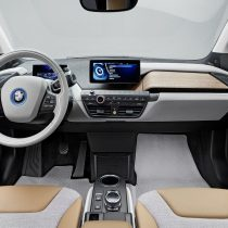Фотография экоавто BMW i3 Range Extender (22 кВт•ч) - фото 14