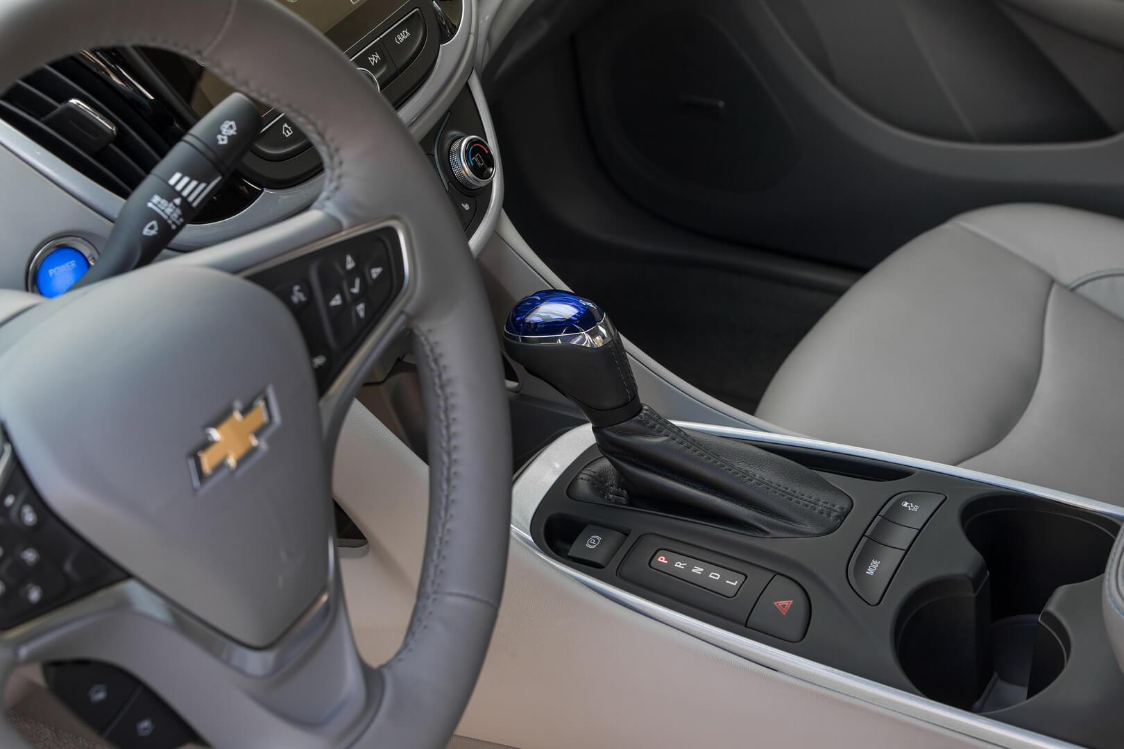 Фотография экоавто Chevrolet Volt 2016 - фото 33