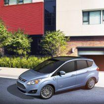 Фотография экоавто Ford C-Max Energi SE - фото 8