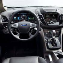 Фотография экоавто Ford C-Max Hybrid SE - фото 18