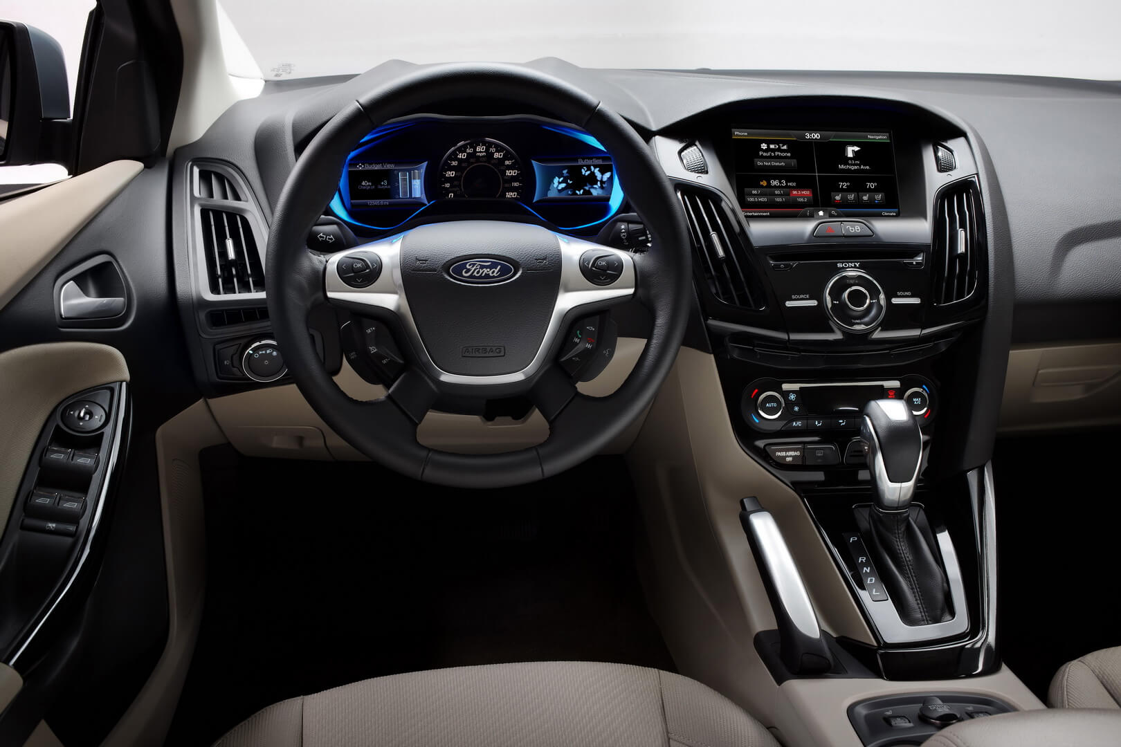 Фотография экоавто Ford Focus Electric - фото 10