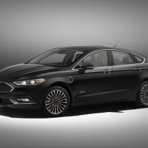 Фотография экоавто Ford Fusion Energi SE