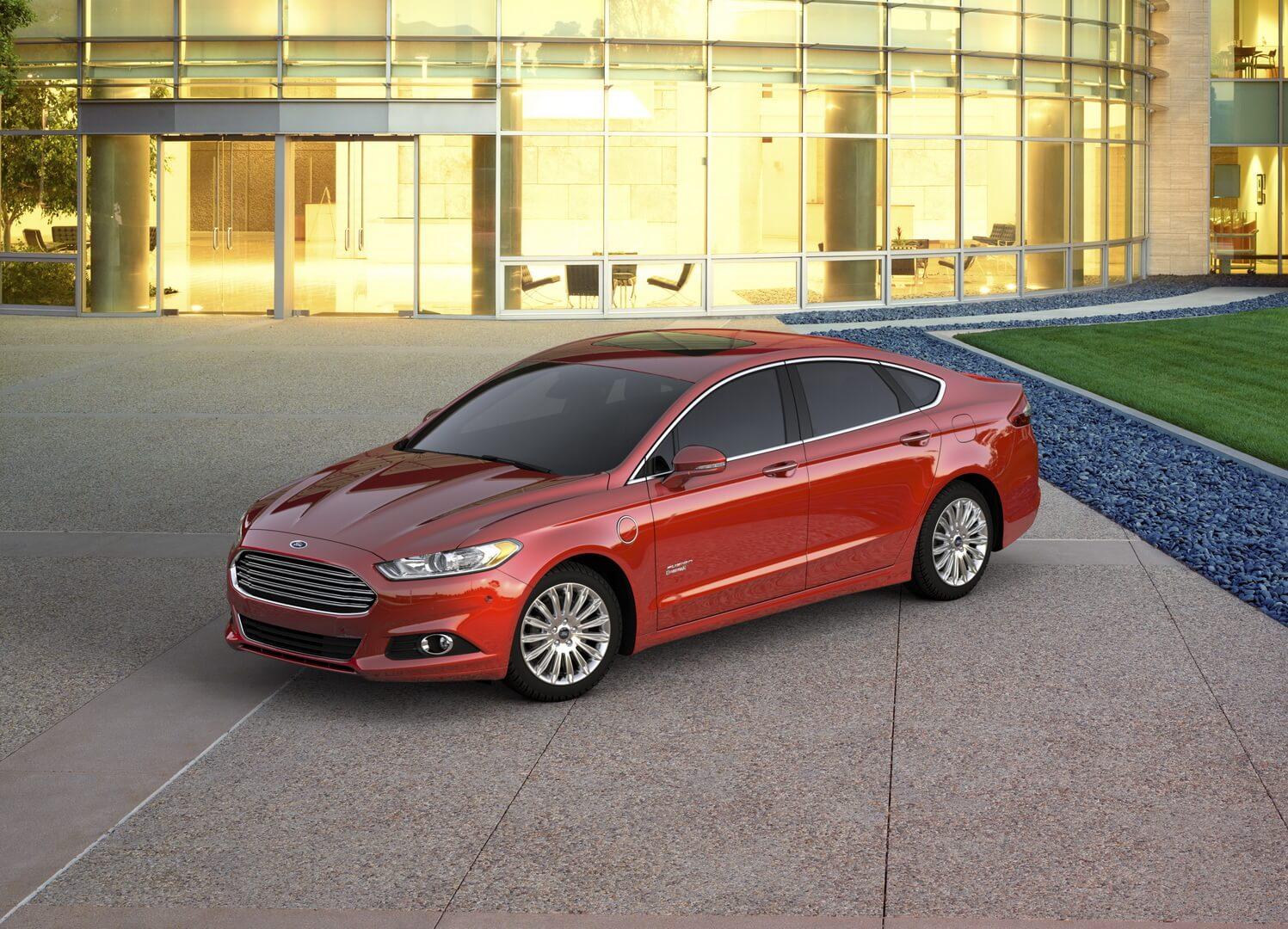Фотография экоавто Ford Fusion Energi SE - фото 7