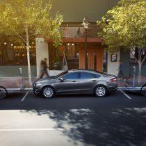 Фотография экоавто Ford Fusion Hybrid SE - фото 2