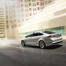 Фотография экоавто Ford Fusion Hybrid SE - фото 3