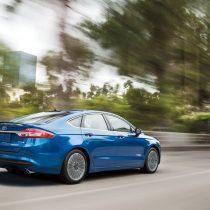 Фотография экоавто Ford Fusion Hybrid SE - фото 6