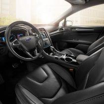Фотография экоавто Ford Fusion Hybrid SE - фото 12