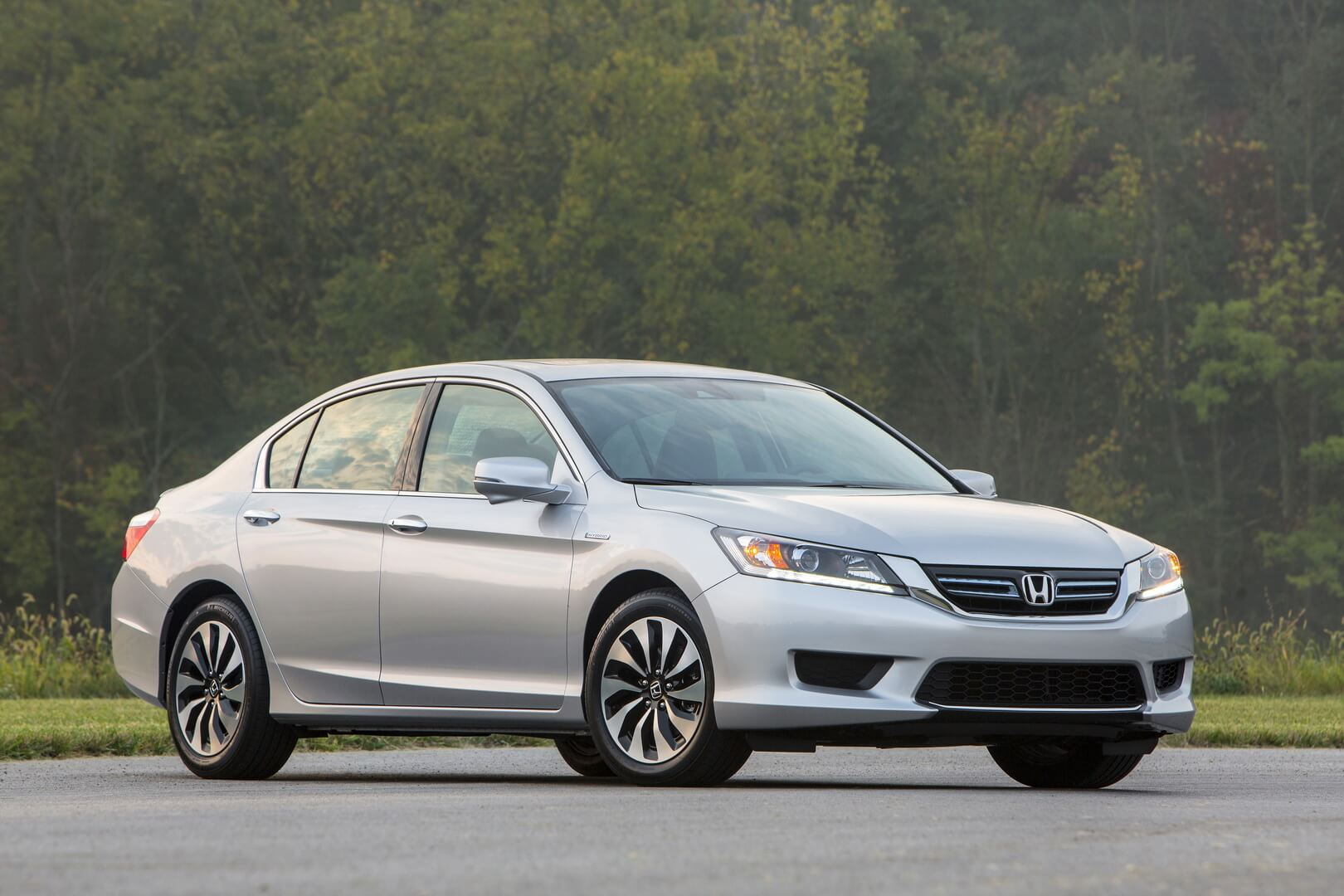 Фотография экоавто Honda Accord Hybrid 2014 - фото 23
