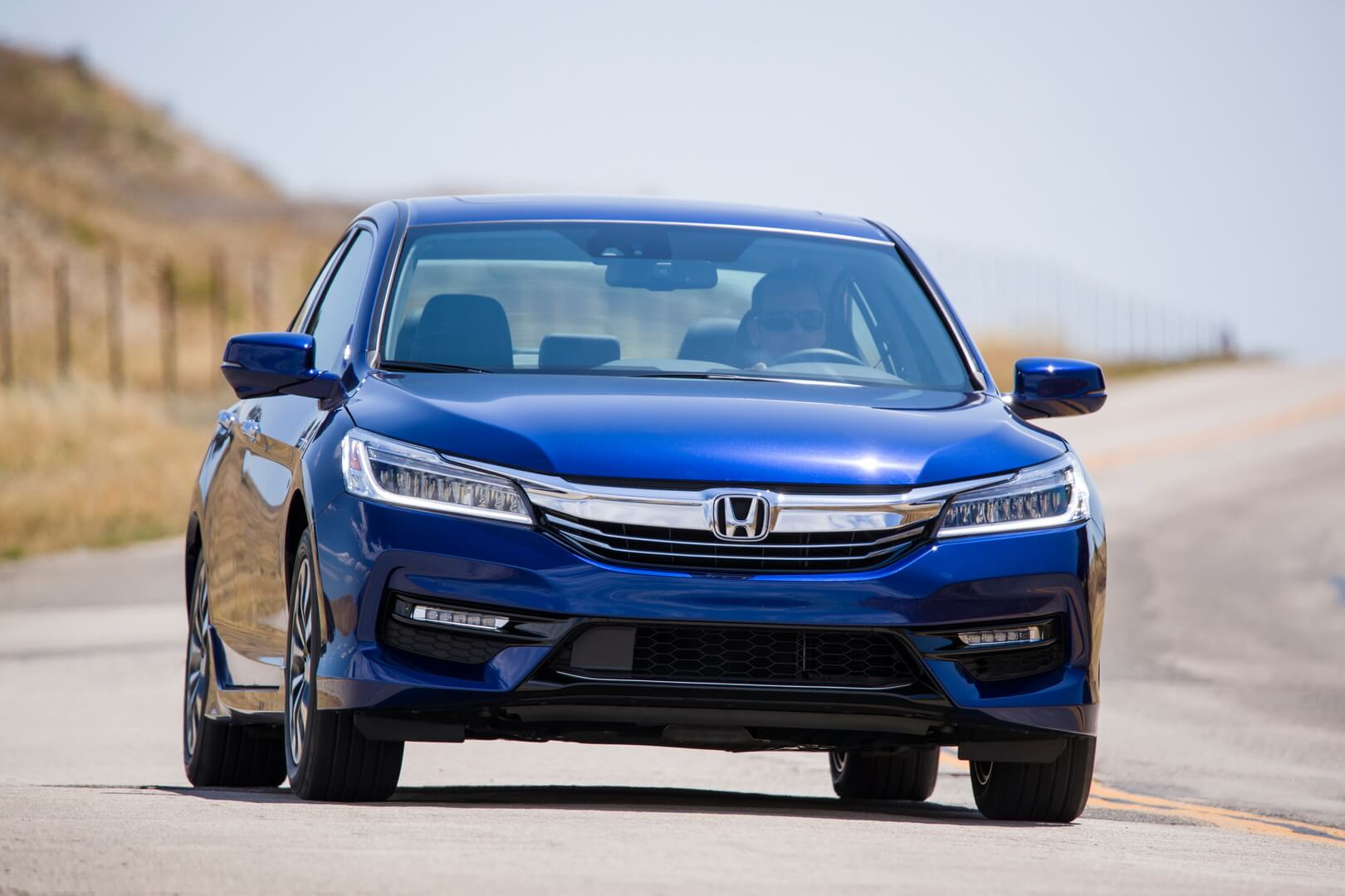 Фотография экоавто Honda Accord Hybrid 2017 - фото 17