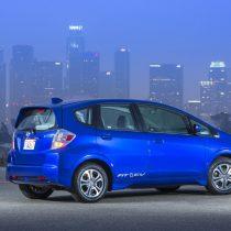 Фотография экоавто Honda Fit EV - фото 32