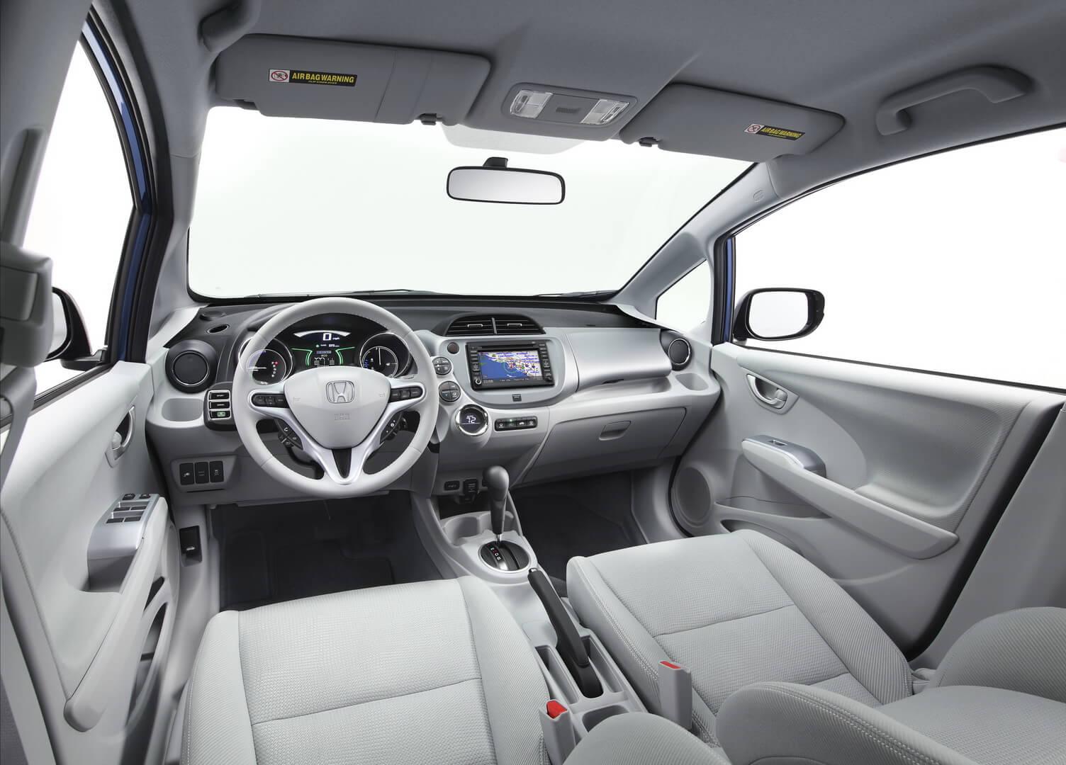 Фотография экоавто Honda Fit EV - фото 68
