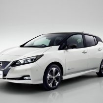Фотография экоавто Nissan Leaf (40 кВт⋅ч) - фото 2