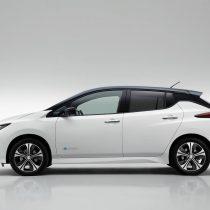 Фотография экоавто Nissan Leaf (40 кВт⋅ч) - фото 3