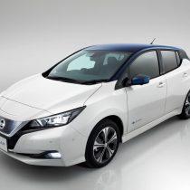 Фотография экоавто Nissan Leaf (40 кВт⋅ч) - фото 8