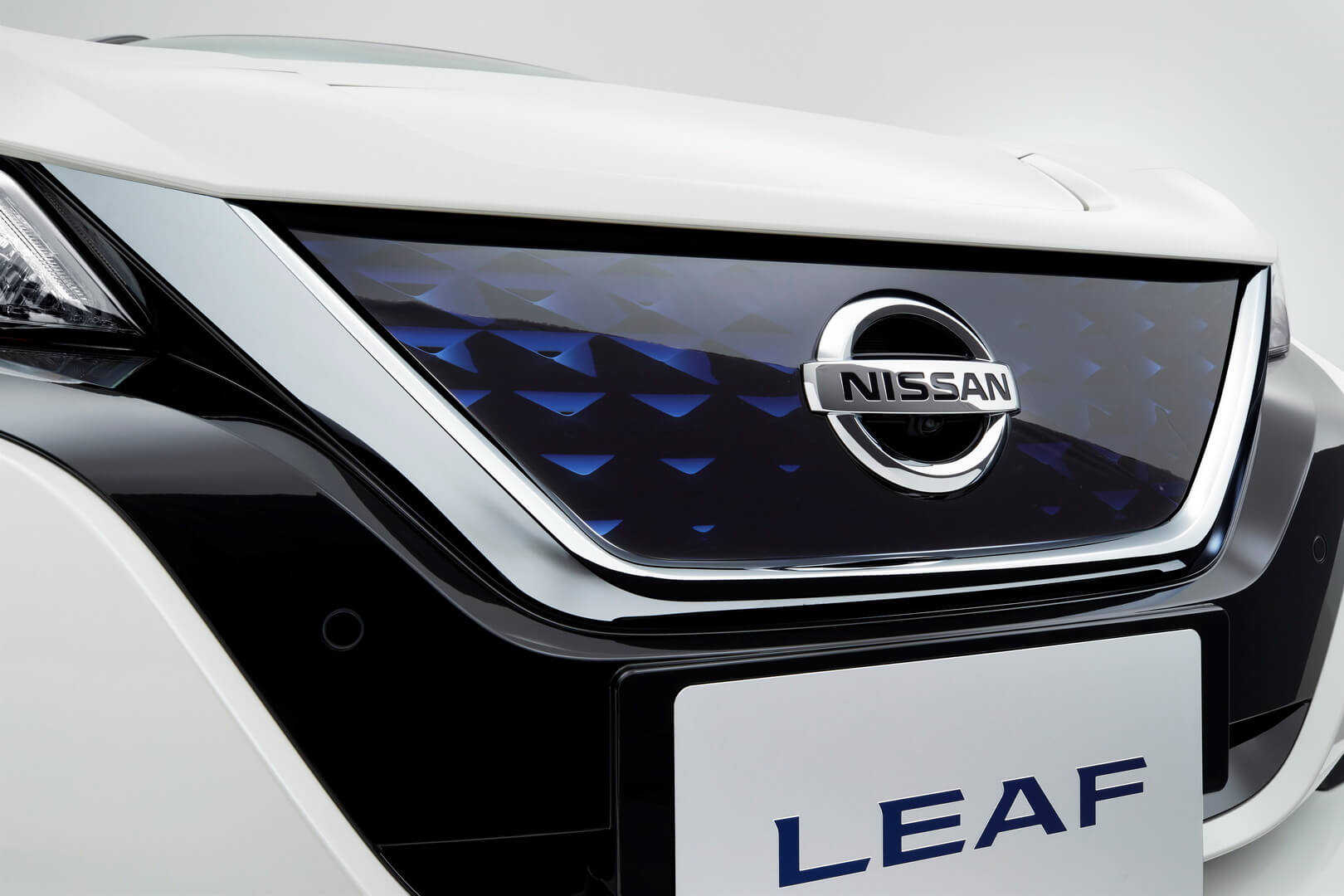 Фотография экоавто Nissan Leaf (40 кВт⋅ч) - фото 15