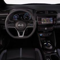 Фотография экоавто Nissan Leaf (40 кВт⋅ч) - фото 46