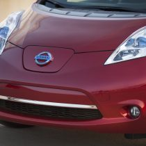 Фотография экоавто Nissan Leaf 2013 (24 кВт•ч) - фото 12