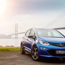 Фотография экоавто Opel Ampera-e - фото 4