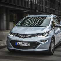 Фотография экоавто Opel Ampera-e - фото 50