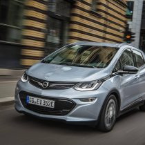 Фотография экоавто Opel Ampera-e - фото 51