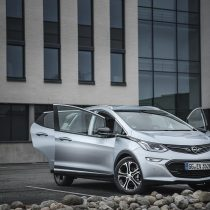 Фотография экоавто Opel Ampera-e - фото 59