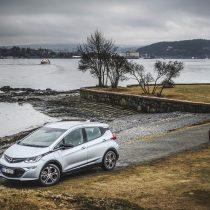Фотография экоавто Opel Ampera-e - фото 65
