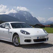 Фотография экоавто Porsche Panamera S E-Hybrid - фото 6
