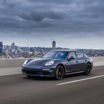 Фотография экоавто Porsche Panamera S E-Hybrid - фото 20