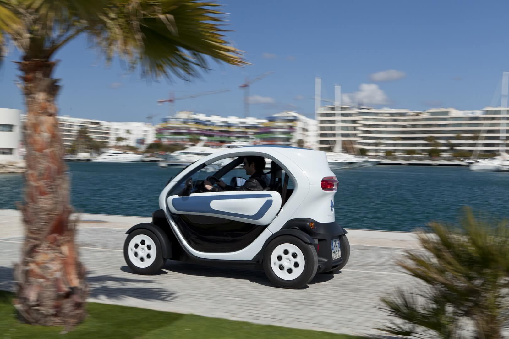 Фотография экоавто Renault Twizy 45 - фото 14