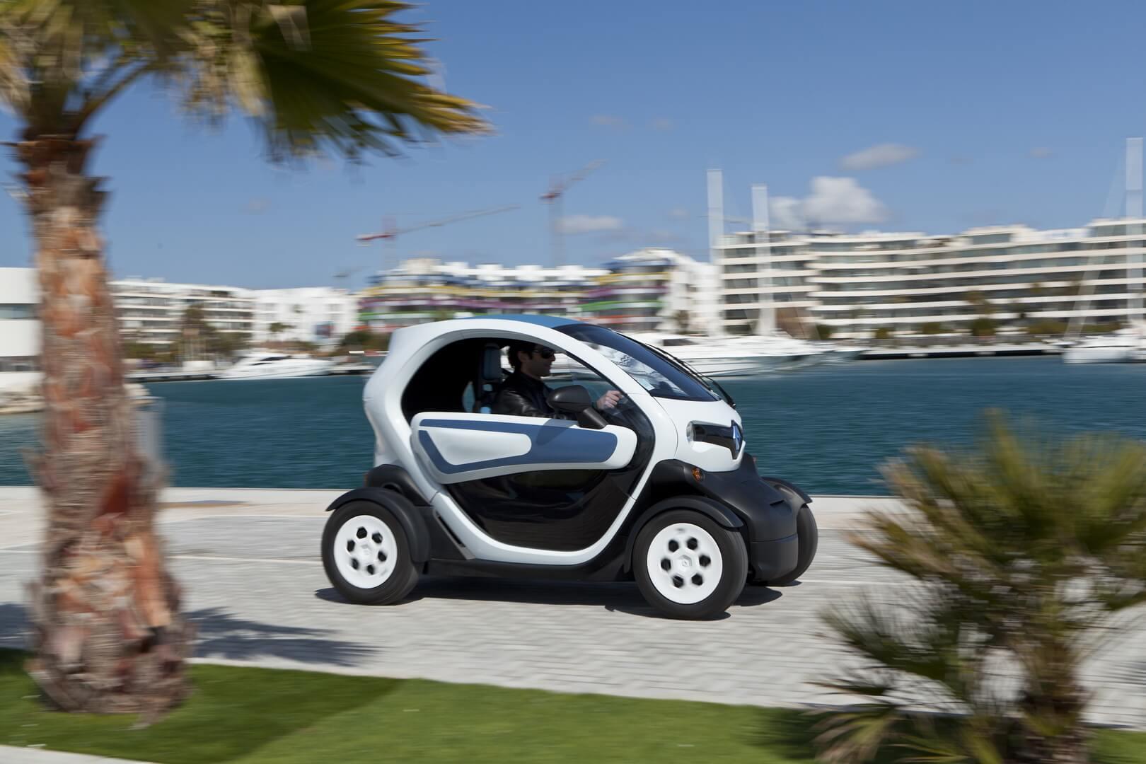 Фотография экоавто Renault Twizy 45 - фото 15