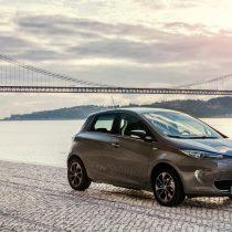 Фотография экоавто Renault ZOE 2012 - фото 12