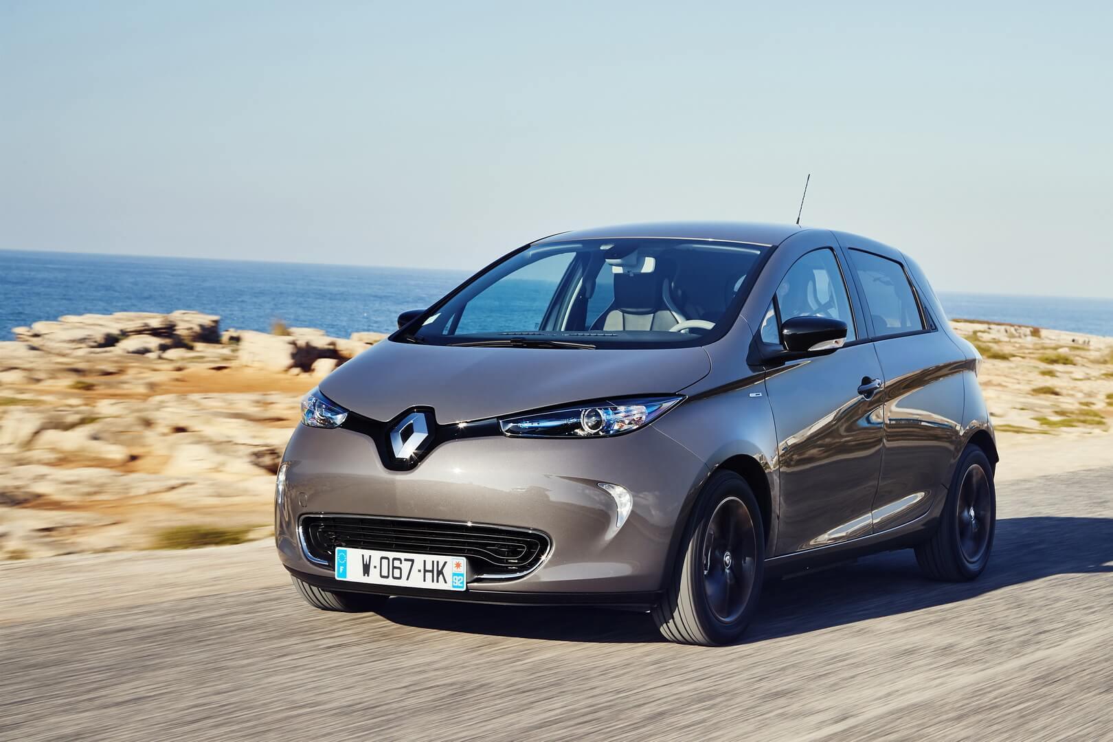 Электромобиль Renault Zoe — № 8 по продажам за август в мире