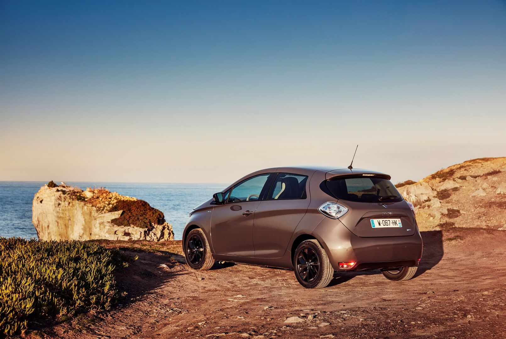 Фотография экоавто Renault ZOE 2012 - фото 47
